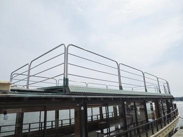 屋形船の華厳号の屋上デッキ2