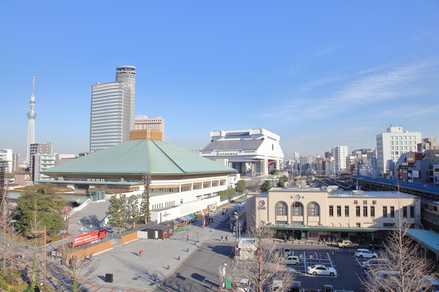 相撲で有名な両国国技館
