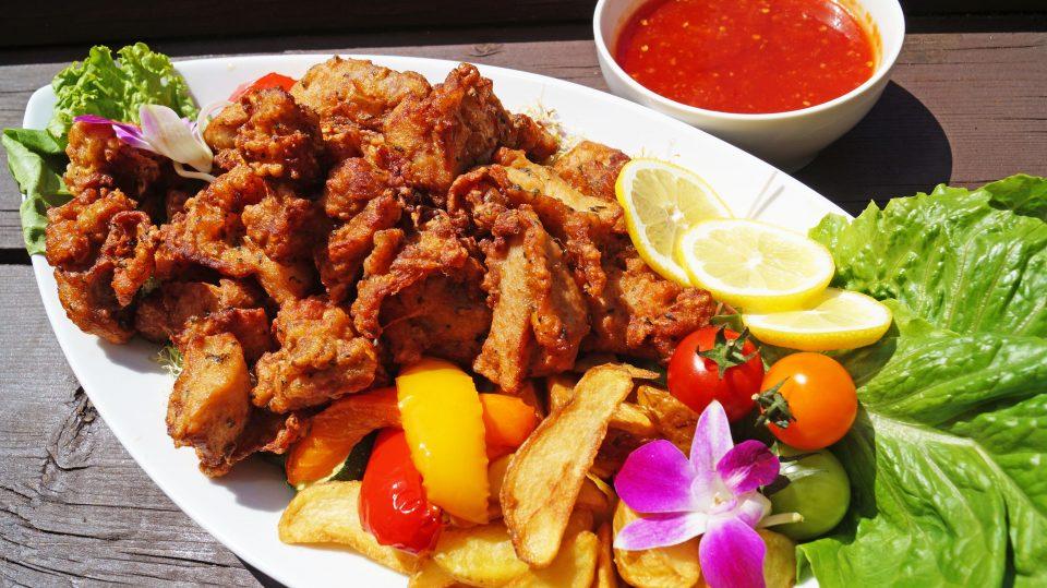 ハーブ香る若鶏のフライドチキン~ポテトフリット添え~