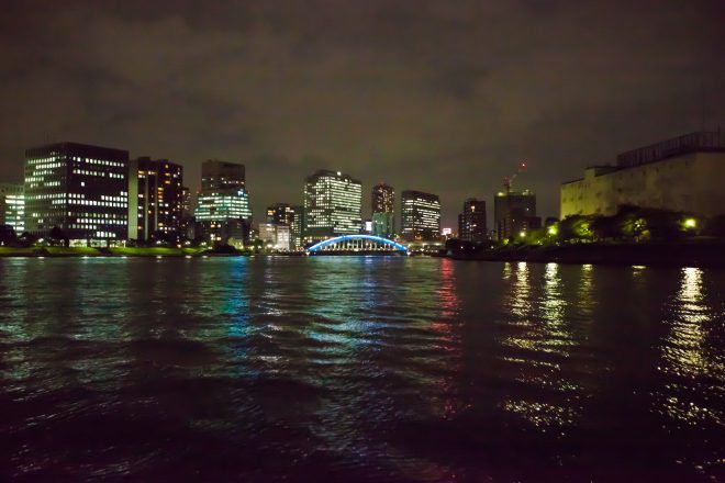 屋形船から見る夜景