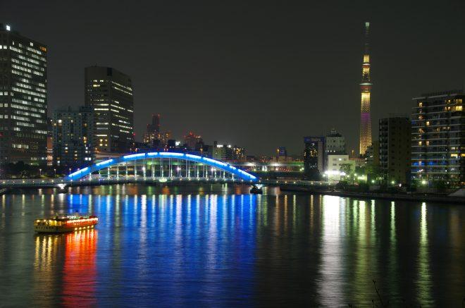 夜の東京をクルージング