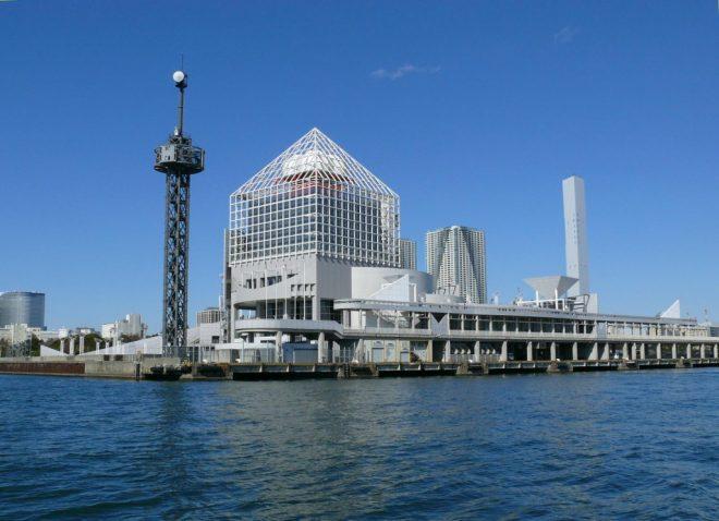 東京湾にある建造物