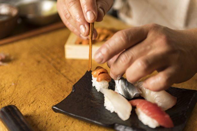 寿司職人が作る握り寿司