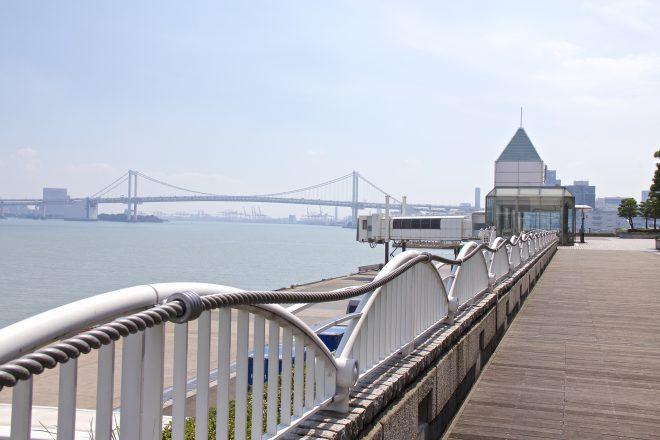 東京湾が見える乗船場