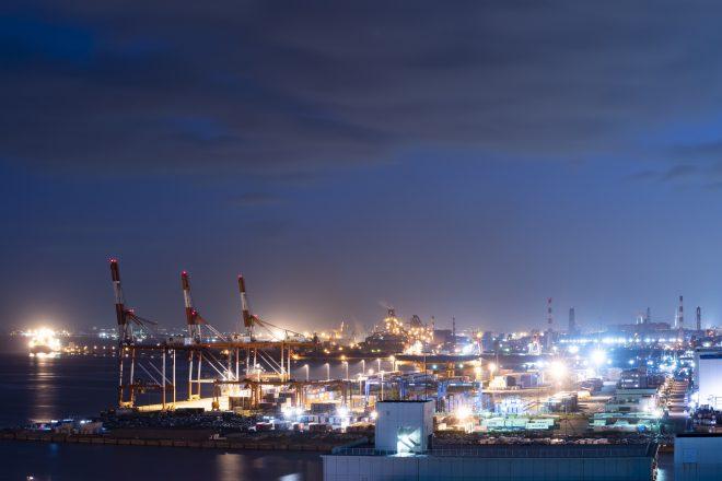 京浜工業地帯の夜景